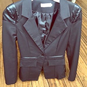 Women's blazer with leather detailing